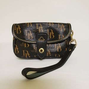 Dooney & Bourke Signature Wristlet